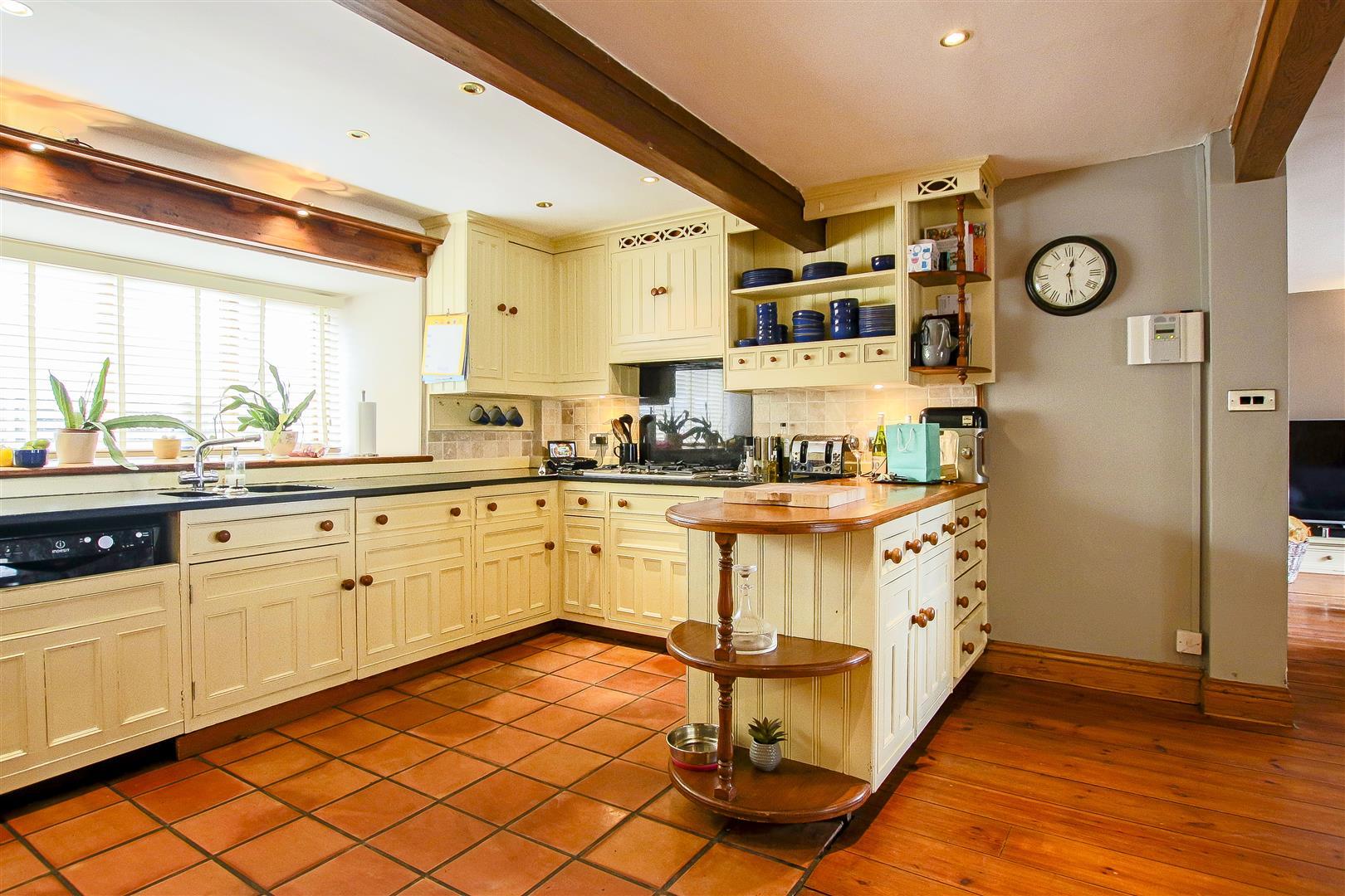 5 Bedroom Barn Conversion For Sale - 11.jpg
